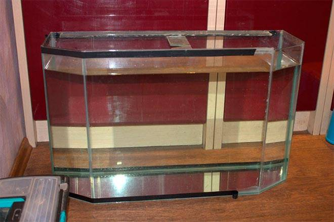 Проверка герметичности аквариума